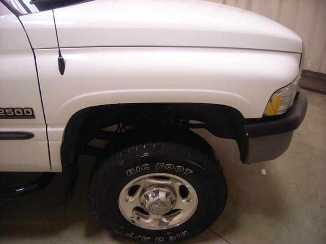 2001 Dodge Ram 2500 Roscoe, Illinois 7