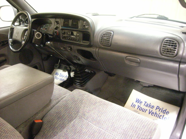 2001 Dodge Ram 2500 Roscoe, Illinois 13