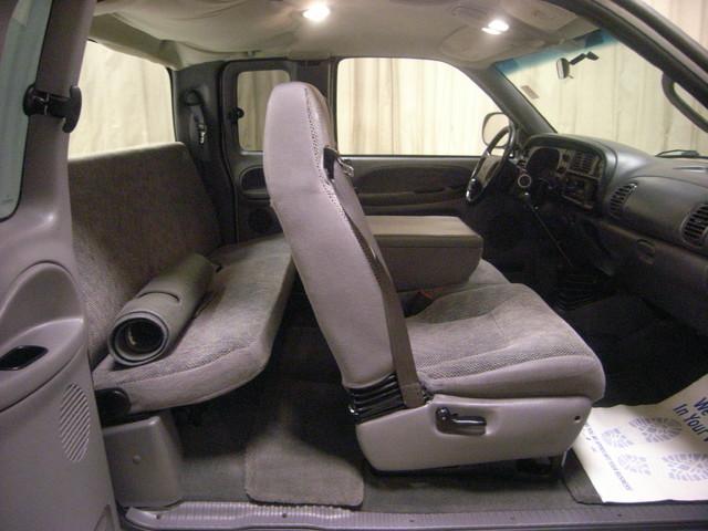2001 Dodge Ram 2500 Roscoe, Illinois 14