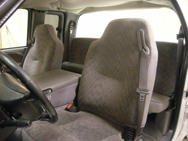 2001 Dodge Ram 2500 Roscoe, Illinois 21
