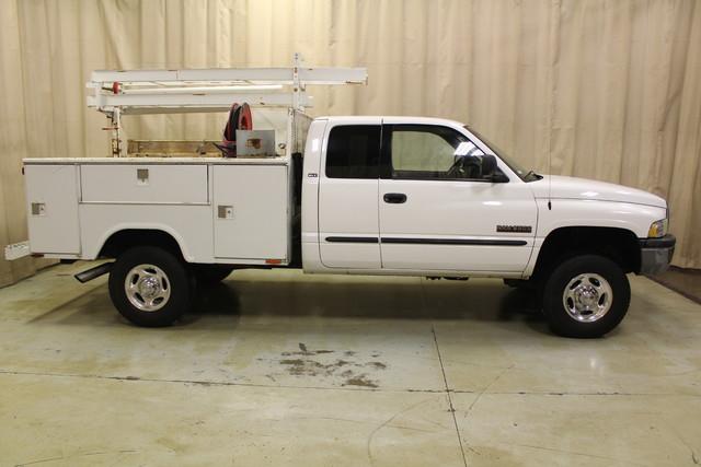 2001 Dodge Ram 2500 Utility truck Roscoe, Illinois 3