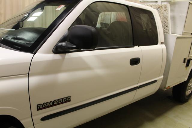 2001 Dodge Ram 2500 Utility truck Roscoe, Illinois 12
