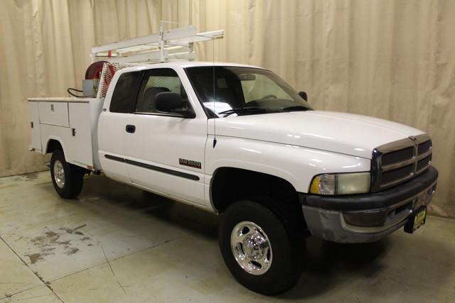 2001 Dodge Ram 2500 Utility truck Roscoe, Illinois 0