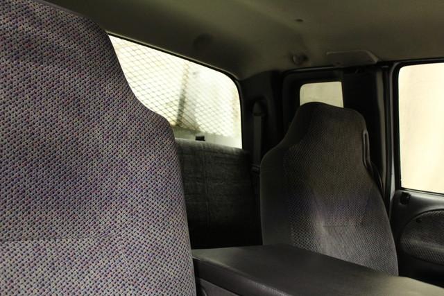 2001 Dodge Ram 2500 Utility truck Roscoe, Illinois 17
