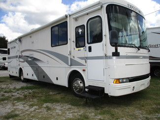 2001 Fleetwood Expedition 36T Diesel in Hudson, Florida