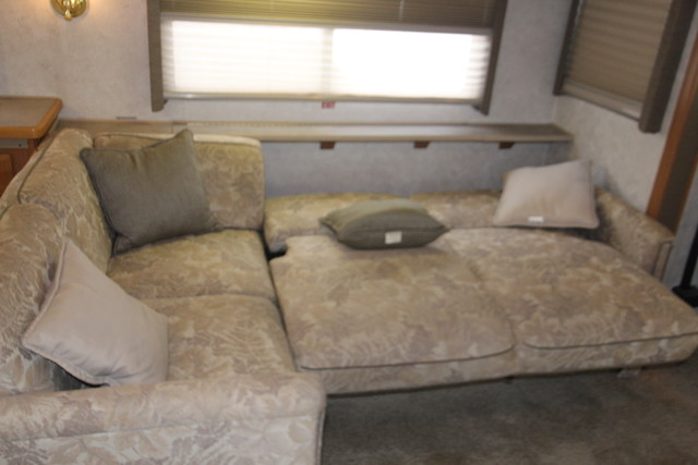 2001 Fleetwood Bounder San Antonio, Texas 52