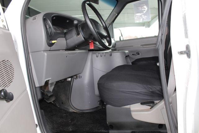 2001 Ford Econoline Cargo Van E350 RWD - RACKS & BINS - NEW TIRES! Mooresville , NC 31