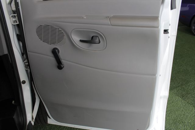 2001 Ford Econoline Cargo Van E350 RWD - RACKS & BINS - NEW TIRES! Mooresville , NC 37