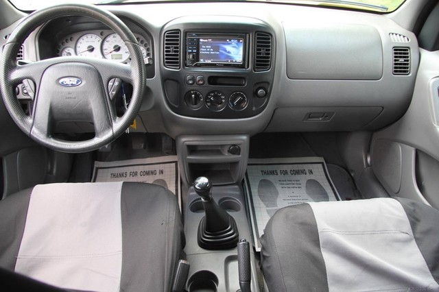 2001 Ford Escape XLS Santa Clarita, CA 7
