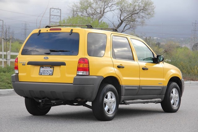 2001 Ford Escape XLS Santa Clarita, CA 12