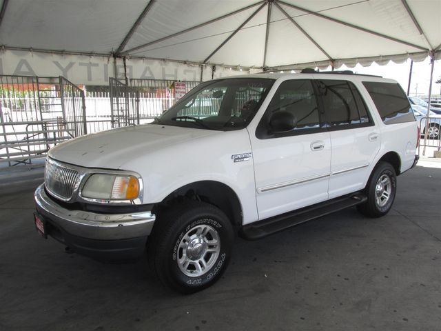 2001 Ford Expedition XLT Please call or e-mail to check availability All of our vehicles are av