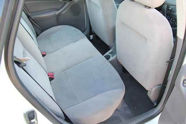 2001 Ford Focus SE Santa Clarita, CA 16