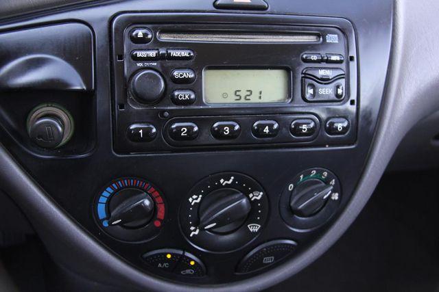 2001 Ford Focus SE Santa Clarita, CA 18