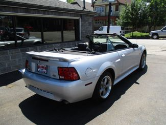 2001 Ford Mustang GT Deluxe Milwaukee, Wisconsin 3