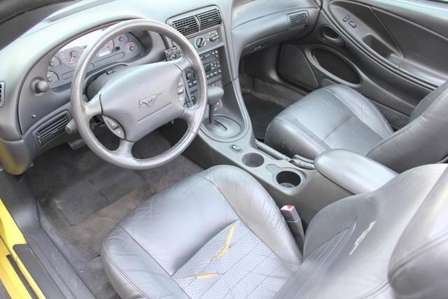 2001 Ford Mustang GT Deluxe Santa Clarita, CA 7