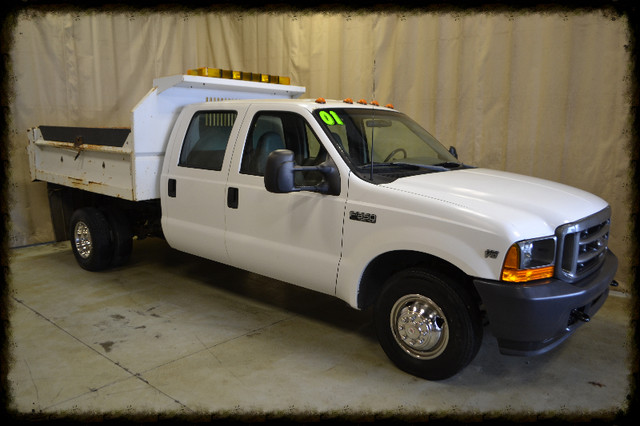 2001 Ford Super Duty F-350 DRW XL Roscoe, Illinois 0