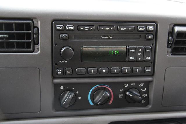 2001 Ford Super Duty F-350 DRW XLT Santa Clarita, CA 14