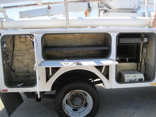2001 Ford Super Duty F-450 XL, High Lift Bucket Truck 7.3 Diesel, Works Perfect Plano, Texas 17