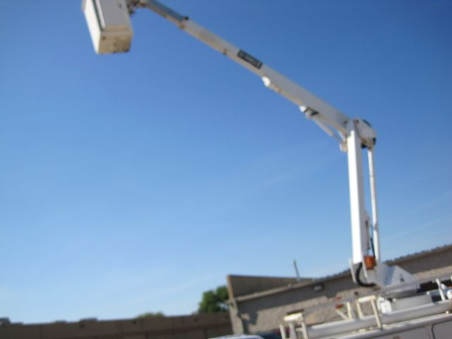 2001 Ford Super Duty F-450 XL, High Lift Bucket Truck 7.3 Diesel, Works Perfect Plano, Texas 14