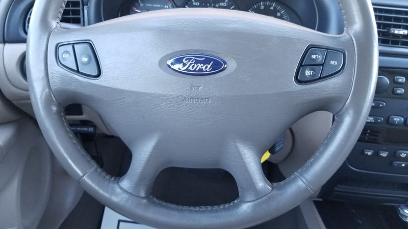 2001 Ford Taurus SEL  in Frederick, Maryland