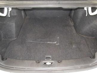 2001 Ford Taurus SE Gardena, California 10