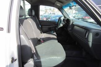 2001 GMC Sierra 1500 SL Chicago, Illinois 5