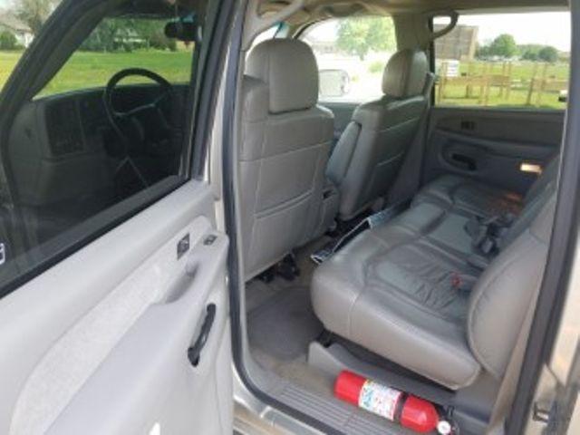 2001 GMC Sierra 3500 SLE Roscoe, Illinois 5
