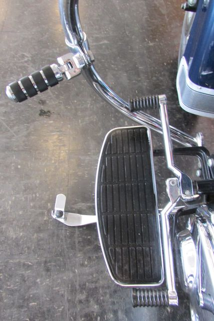 2001 Harley-Davidson SOFTAIL HERITAGE CLASSIC FLSTC Arlington, Texas 37