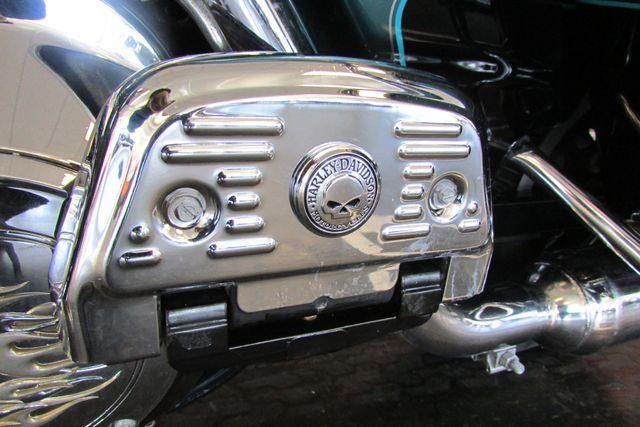 2001 Harley Davidson ULTRA CLASSIC ELECTRA GLIDE Arlington, Texas 42