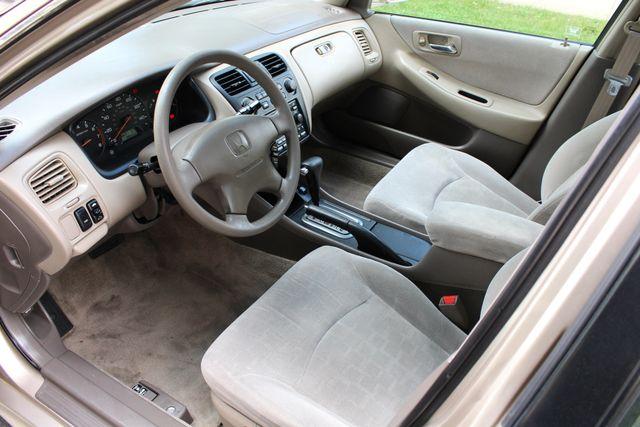 2001 Honda ACCORD EX SEDAN AUTOMATIC ONLY 85K ORIGINAL MLS ALLOY WHLS XLNT COND. Woodland Hills, CA 19