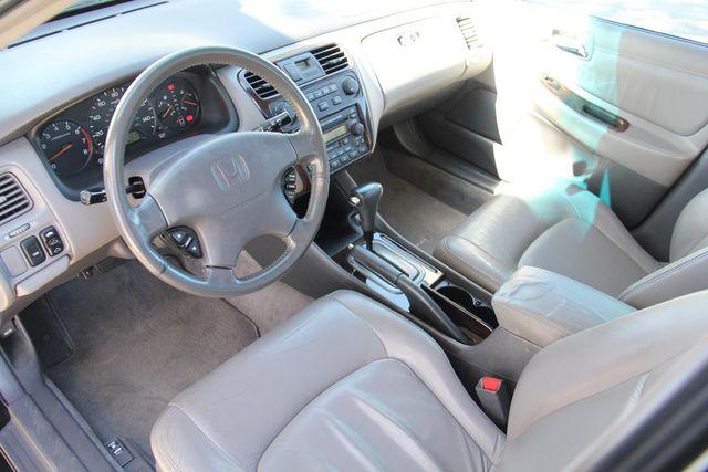 2001 Honda Accord EX w/Leather Santa Clarita, CA 8