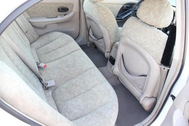2001 Hyundai Elantra GLS Santa Clarita, CA 16