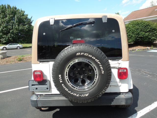 2001 Jeep Wrangler Sahara Leesburg, Virginia 7
