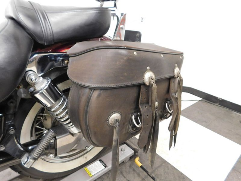 2001 Kawasaki Vulcan 1500 Classic VN1500E in Eden Prairie, Minnesota