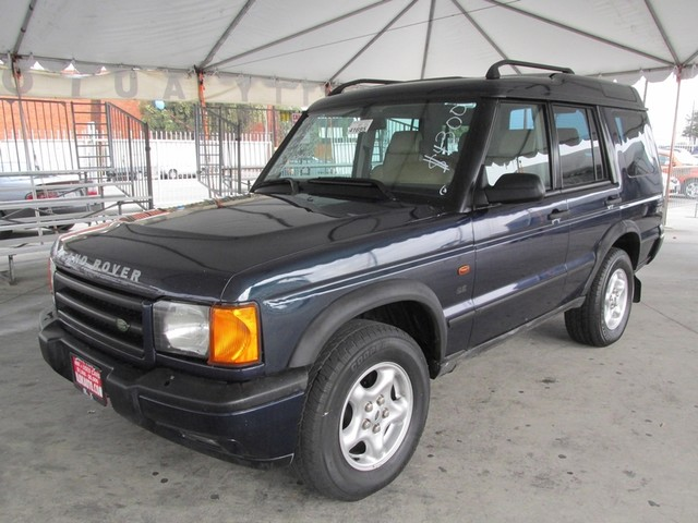 2001 Land Rover Discovery Series II SE Please call or e-mail to check availability All of our ve