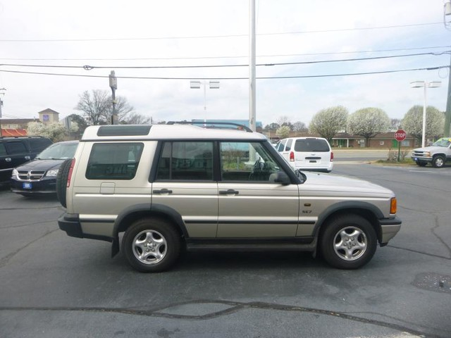 2001 Land Rover Discovery Series II SE Richmond, Virginia 27
