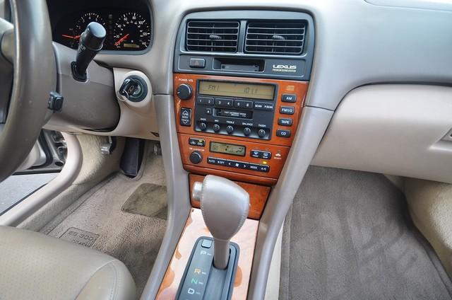 2001 Lexus ES 300 Burbank, CA 5
