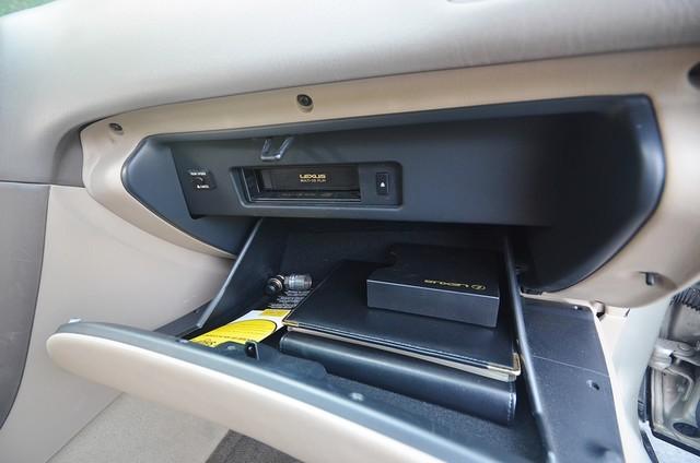 2001 Lexus ES 300 Burbank, CA 8