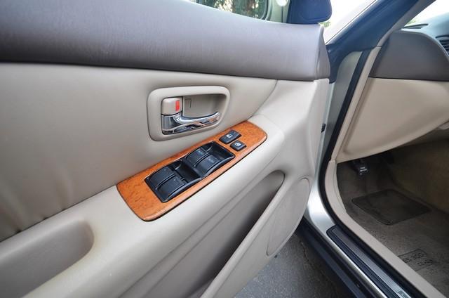 2001 Lexus ES 300 Burbank, CA 25