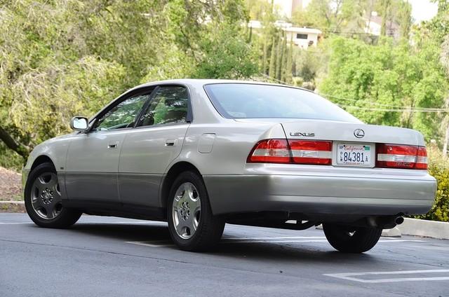 2001 Lexus ES 300 Burbank, CA 2