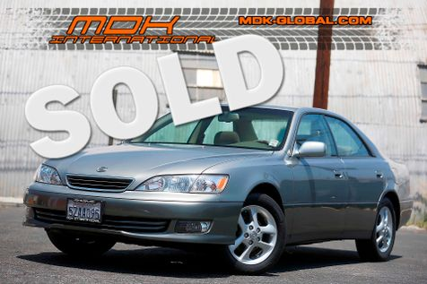 2001 Lexus ES 300 - Only 50k miles since new in Los Angeles