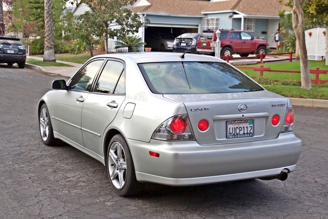 2001 Lexus IS 300 SPORT AUTOMATIC XENON ALLOY WHLS SERVICE RECORDS 1-OWNER Woodland Hills, CA 3