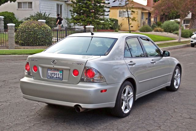 2001 Lexus IS 300 SPORT AUTOMATIC XENON ALLOY WHLS SERVICE RECORDS 1-OWNER Woodland Hills, CA 5