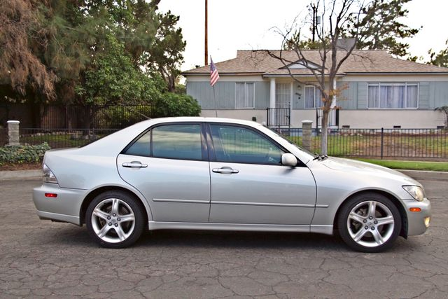 2001 Lexus IS 300 SPORT AUTOMATIC XENON ALLOY WHLS SERVICE RECORDS 1-OWNER Woodland Hills, CA 6