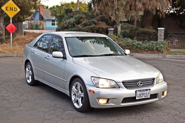 2001 Lexus IS 300 SPORT AUTOMATIC XENON ALLOY WHLS SERVICE RECORDS 1-OWNER Woodland Hills, CA 7