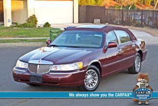2001 Lincoln TOWN CAR SIGNATURE ONLY 58K ORIGINAL MLS AUTO SERVICE RECORDS NEW TIRES Woodland Hills, CA
