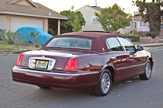 2001 Lincoln TOWN CAR SIGNATURE ONLY 58K ORIGINAL MLS AUTO SERVICE RECORDS NEW TIRES Woodland Hills, CA 6