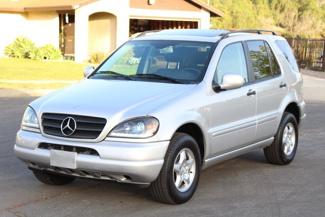 2001 Mercedes-Benz ML320 AUTOMATIC SUNROOF LEATHER XENON SERVICE RECORDS! Woodland Hills, CA 32