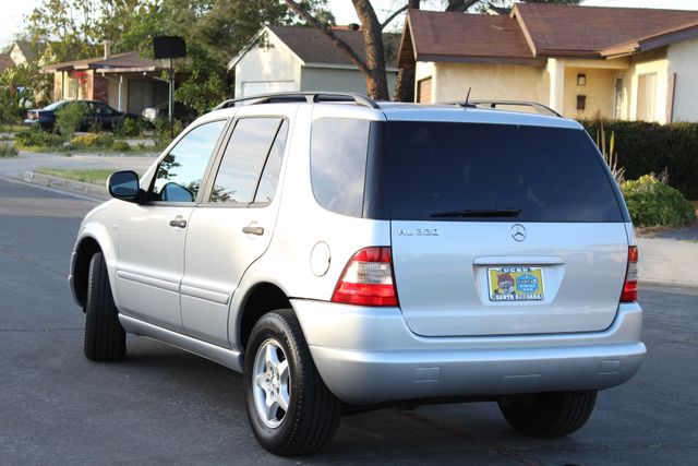 2001 Mercedes-Benz ML320 AUTOMATIC SUNROOF LEATHER XENON SERVICE RECORDS! Woodland Hills, CA 6