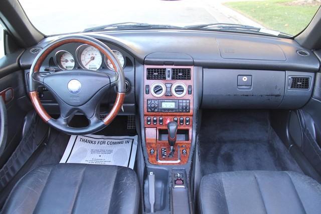 2001 Mercedes-Benz SLK320 Santa Clarita, CA 7